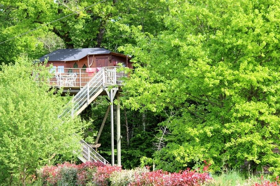 Cabane dans les arbres à DéfiPlanet