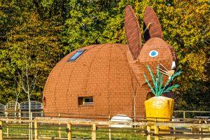 Une maison en forme de lapin dans la vienne